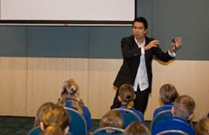 547 Students and Teachers Participate in Australia Workshops